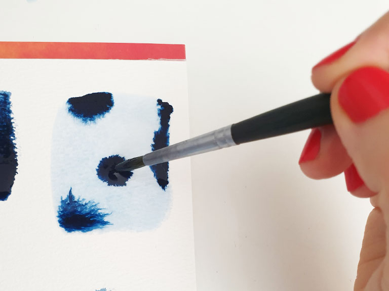 drop in watercolour to create smooth blends